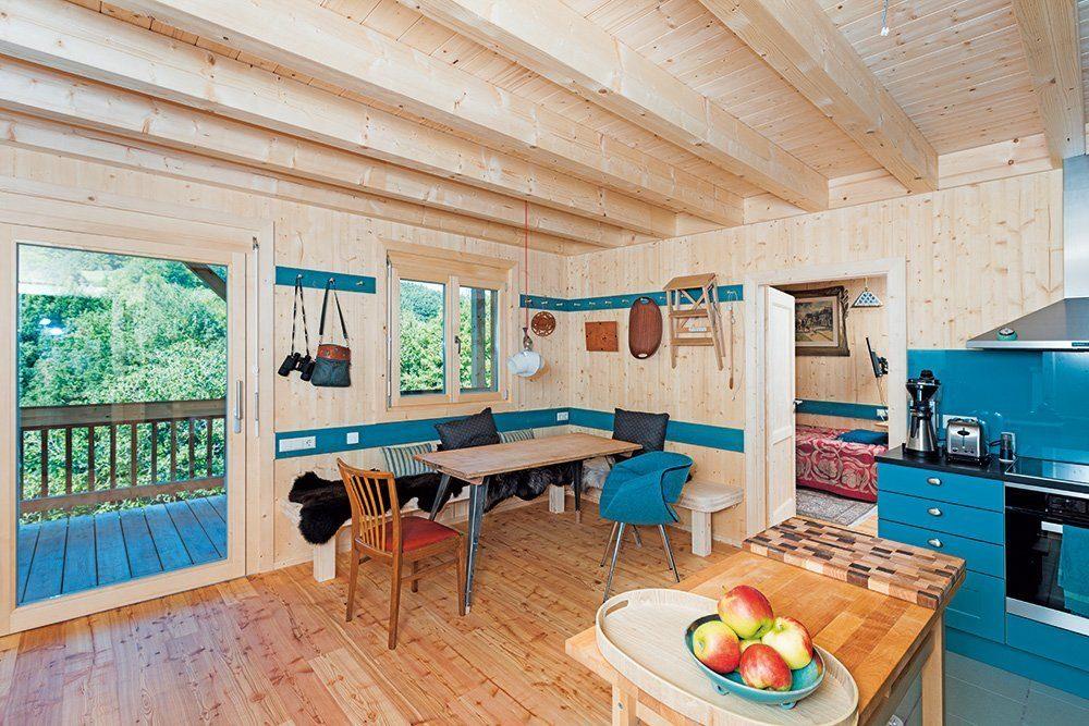 Holzhaus auf Stützen