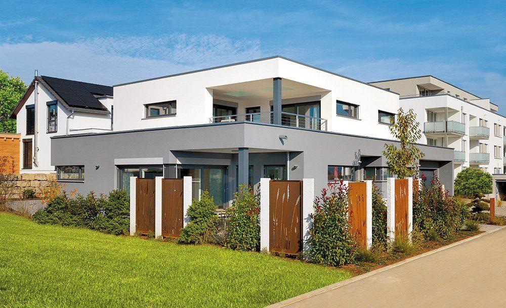 Plus-Energie-Haus mit Flachdach