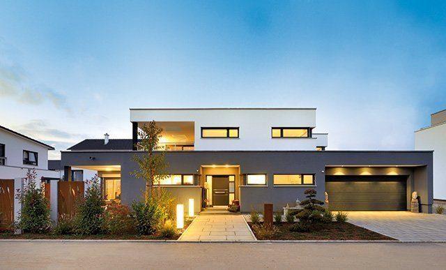Plus-Energie-Haus mit Flachdach von Weiss