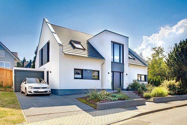 Satteldach Haus von Kern Haus