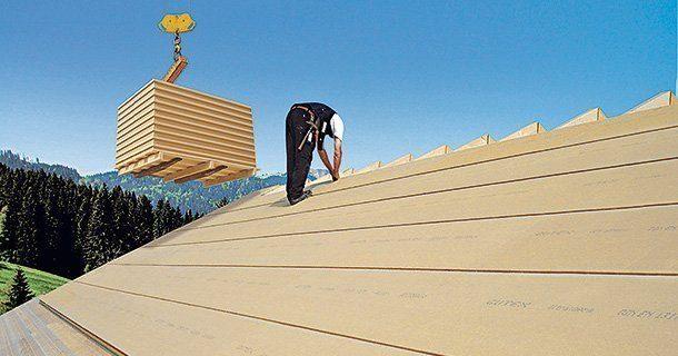 Damit Dachräume auch im Sommer gut nutzbar sind, ist eine effektive Dämmung der Dachflächen besonders wichtig. Holzfaserdämmplatten leisten dabei gute Dienste. www.holzfaser.org