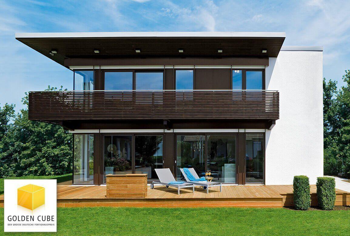 Musterhaus Fellbach - Ein schild vor einem gebäude - Haus