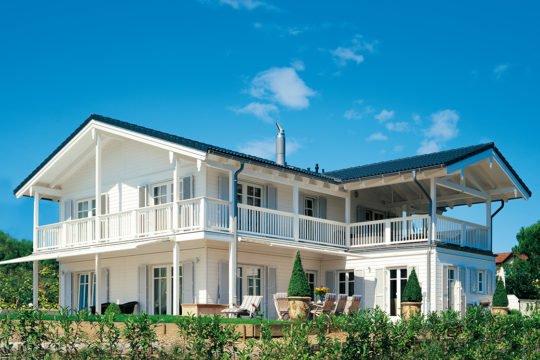 Vitalhaus Genf - Ein großes weißes Gebäude - Haus