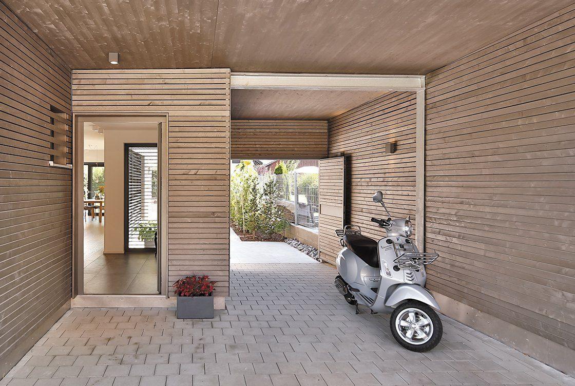 Vitalhaus Oberaudorf - Eine Nahaufnahme von einem Backsteingebäude - Die Architektur
