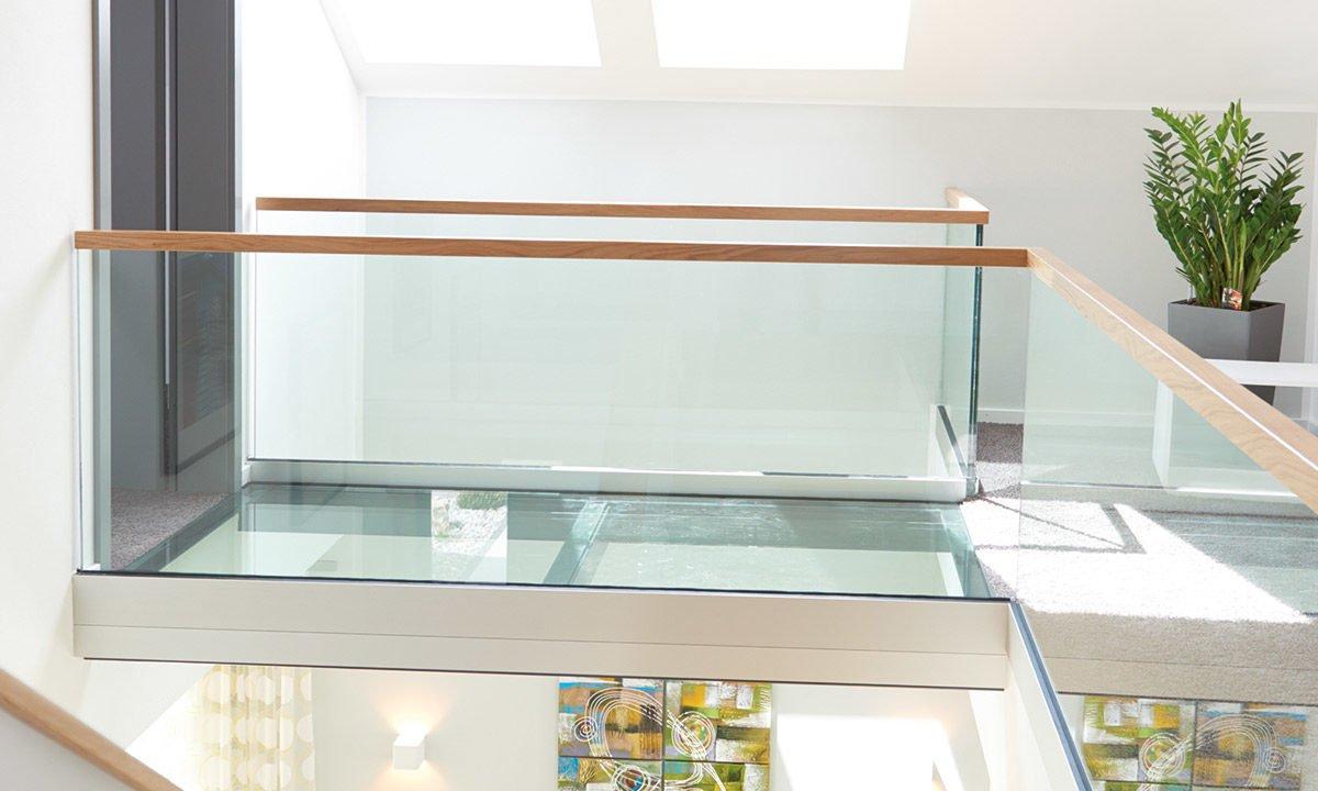 Musterhaus Koblenz - Ein großes Glasfenster - Haus