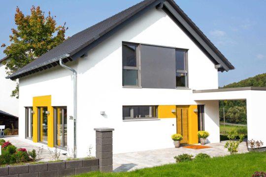 Haus Jedermann - Ein Haus vor einem Gebäude - Haus