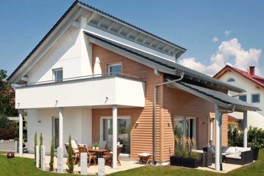 Plan E 15-145.1 - Eine große Wiese vor einem Haus - Moderne Architektur