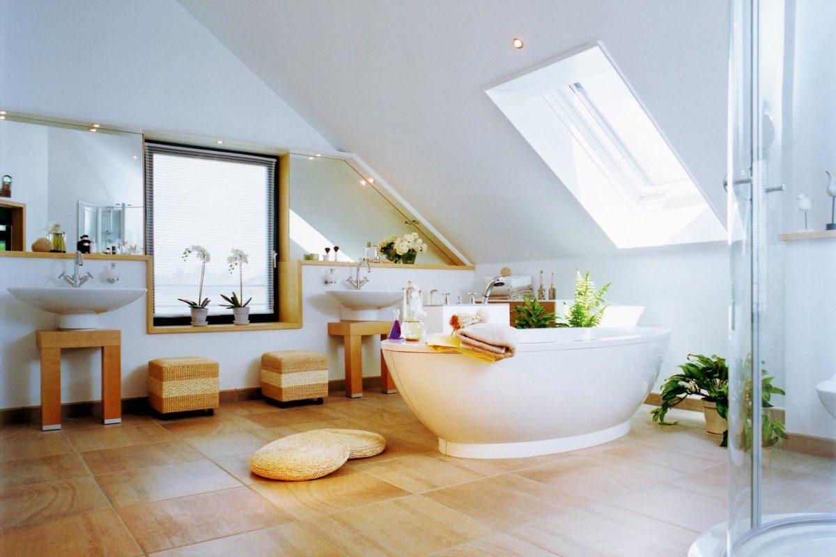 Plan E 15-193.1 - Ein Raum voller Möbel und Waschbecken - SchworerHaus KG