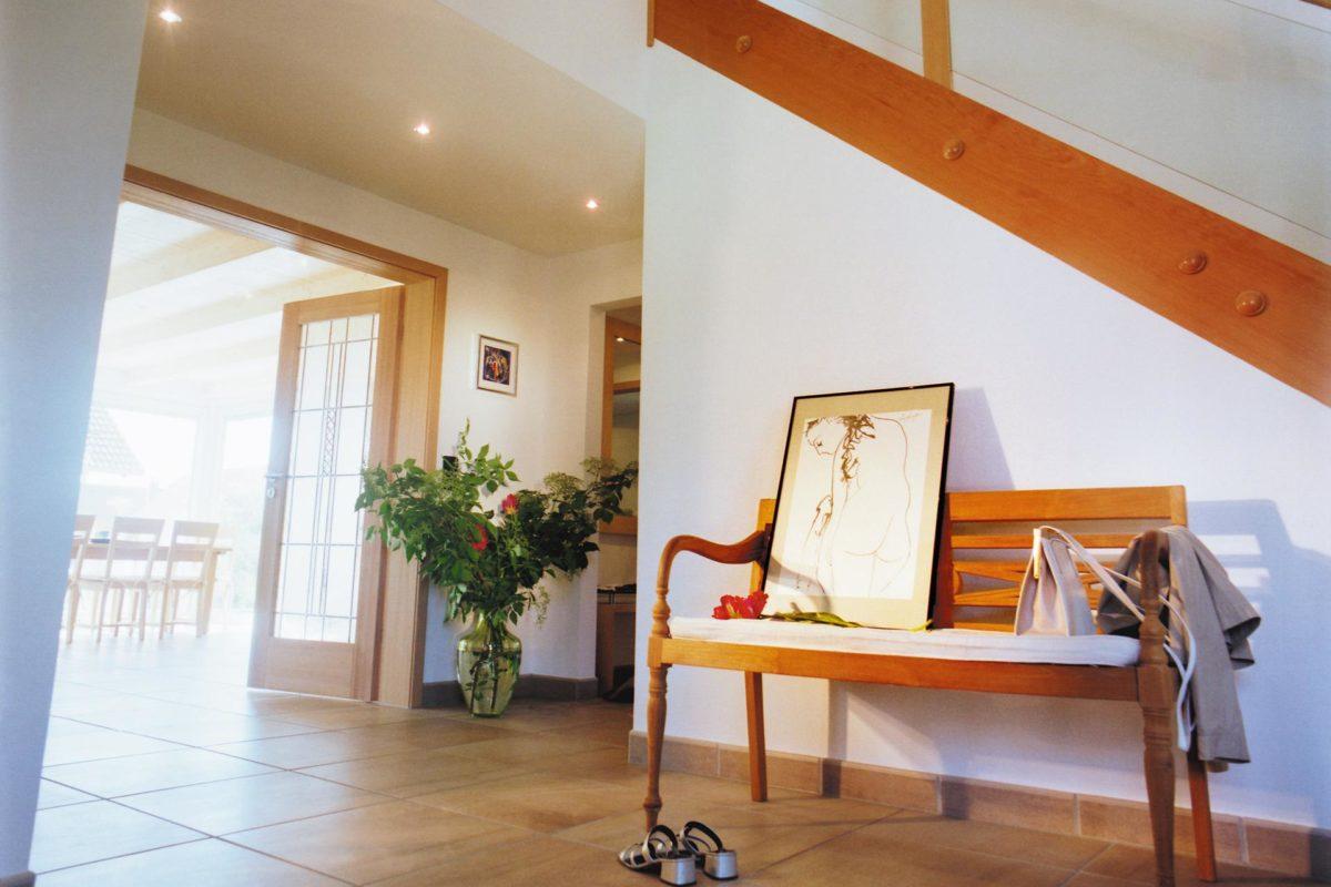 Plan E 15-193.1 - Ein Wohnzimmer mit Möbeln und einem Kamin - SchworerHaus KG