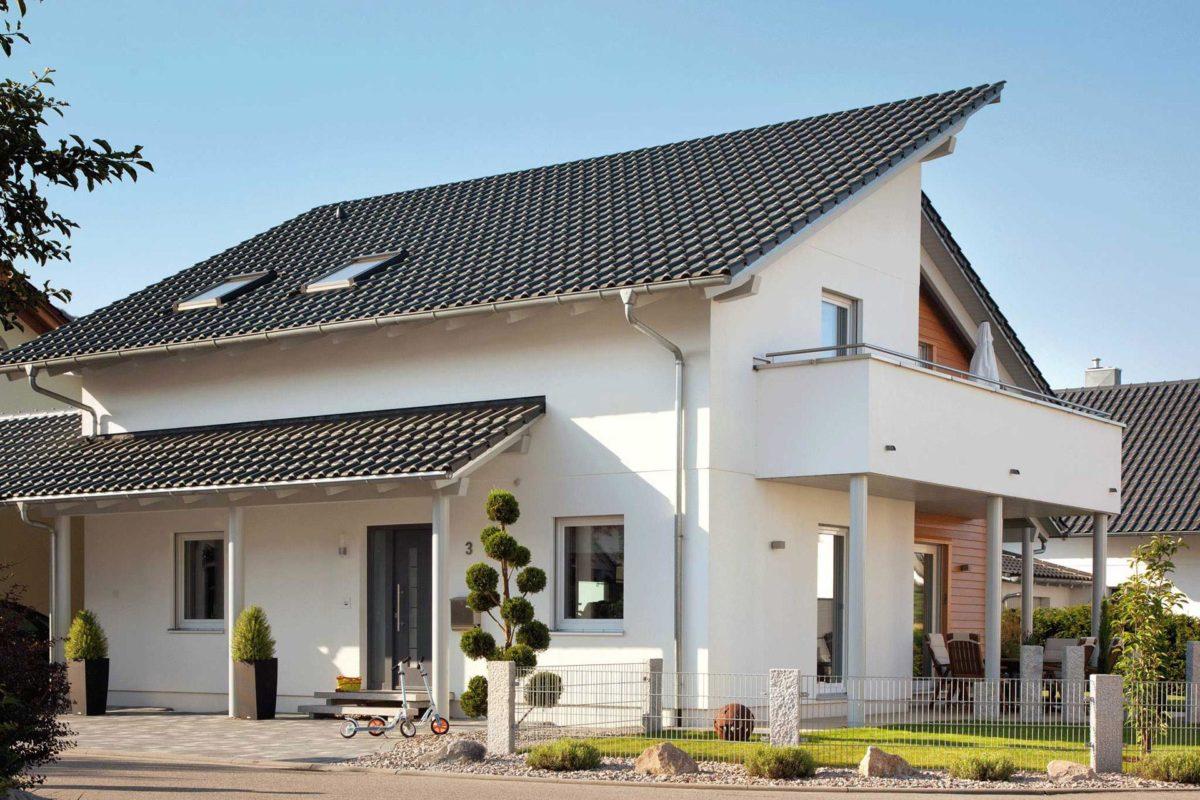 Plan E 15-145.1 - Ein großes weißes Gebäude - Haus