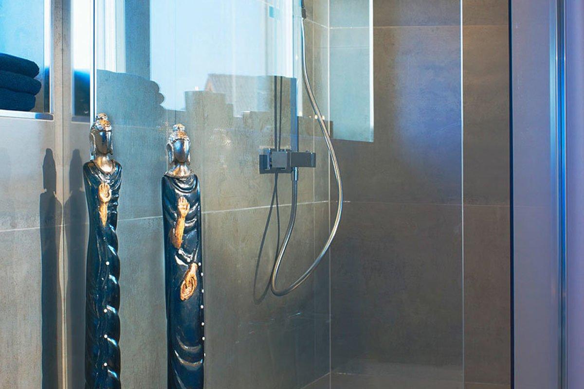 Setros 3.1740 - Eine Glasduschtür - Interior Design Services