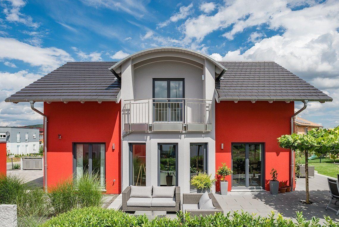 Kundenhaus Linz - Ein Haus mit einem roten Backsteingebäude - Haus