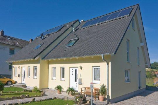 Edition 122/124 Doppelhaus - Das Dach eines Hauses - Duplex