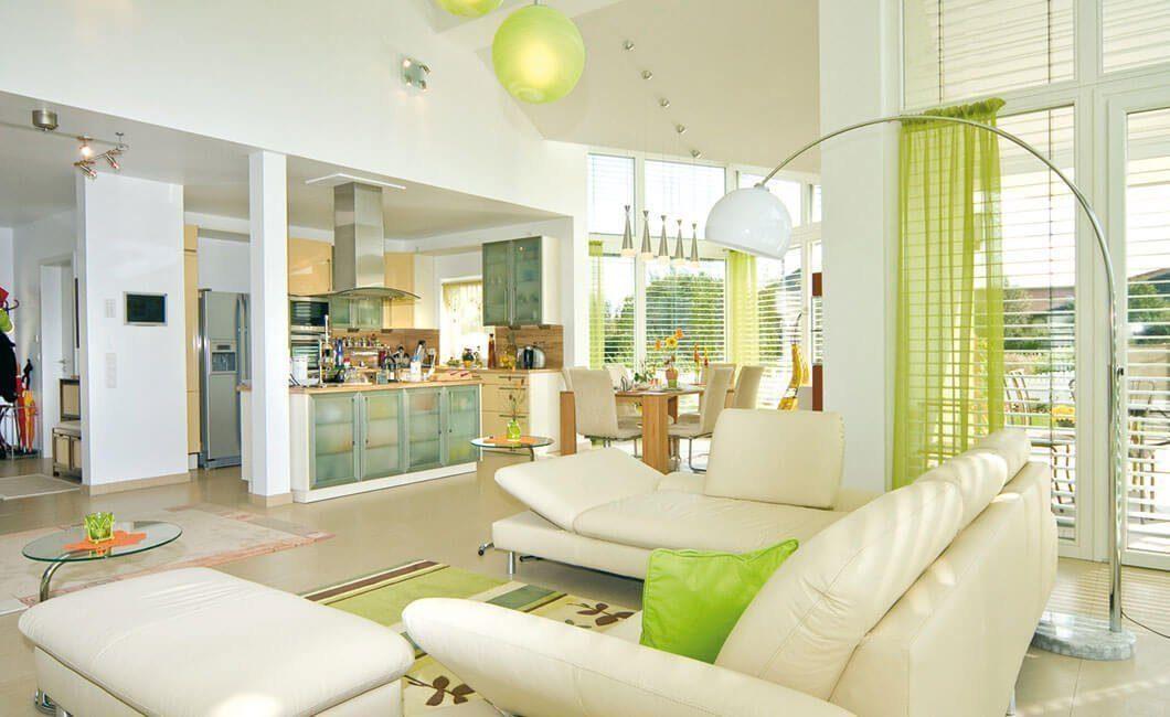 Edition Select 181 - Ein Wohnzimmer mit Möbeln und einem großen Fenster - Interior Design Services