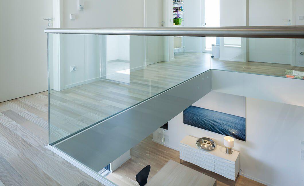 Edition Select 236 - Eine Theke mit Waschbecken und Spiegel - Haus