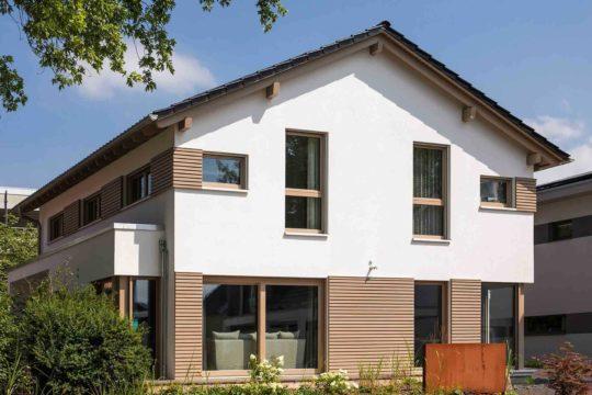 Medley 3.0 Fellbach - Ein Haus mit Bäumen im Hintergrund - Fellbach