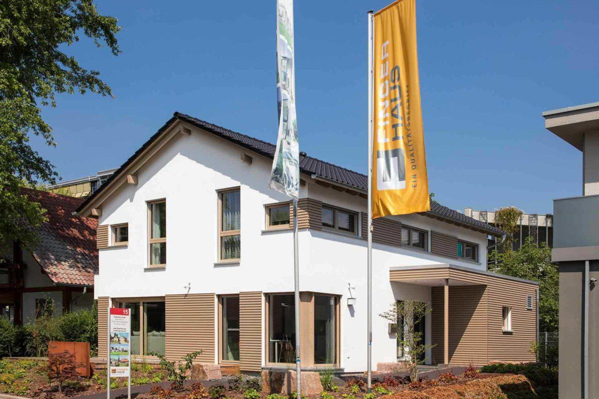 Medley 3.0 Fellbach - Ein schild vor einem haus - Haus