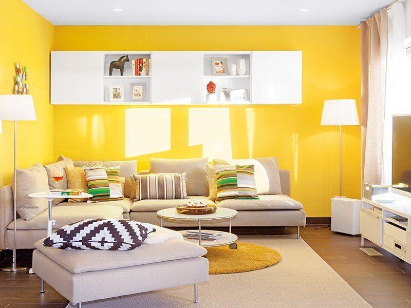 Young Family Home Large - Ein Raum mit Möbeln und einem Tisch - Wohnzimmer