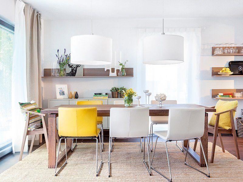 Young Family Home Large - Ein Esstisch - Interior Design Services