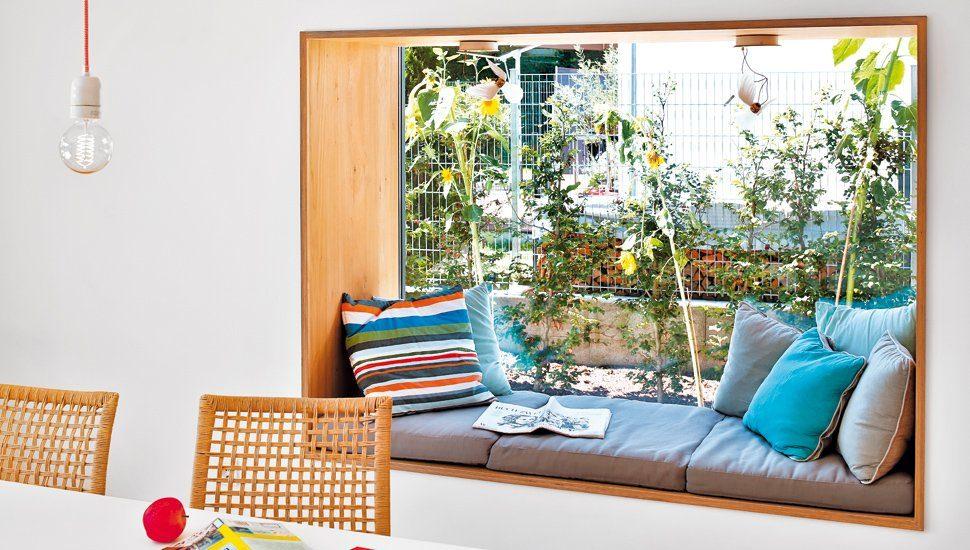 Panoramafenster mit Sitzplatz