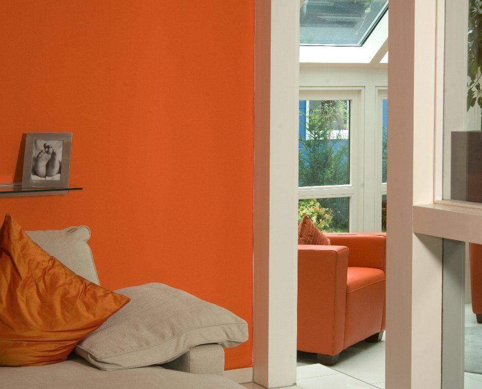 Musterhaus Fellbach Da Capo - Ein Schlafzimmer mit einem Bett und einem Fenster - Wohnzimmer