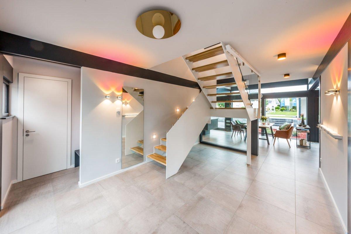 Musterhaus Fusion - Ein großer Raum - Interior Design Services