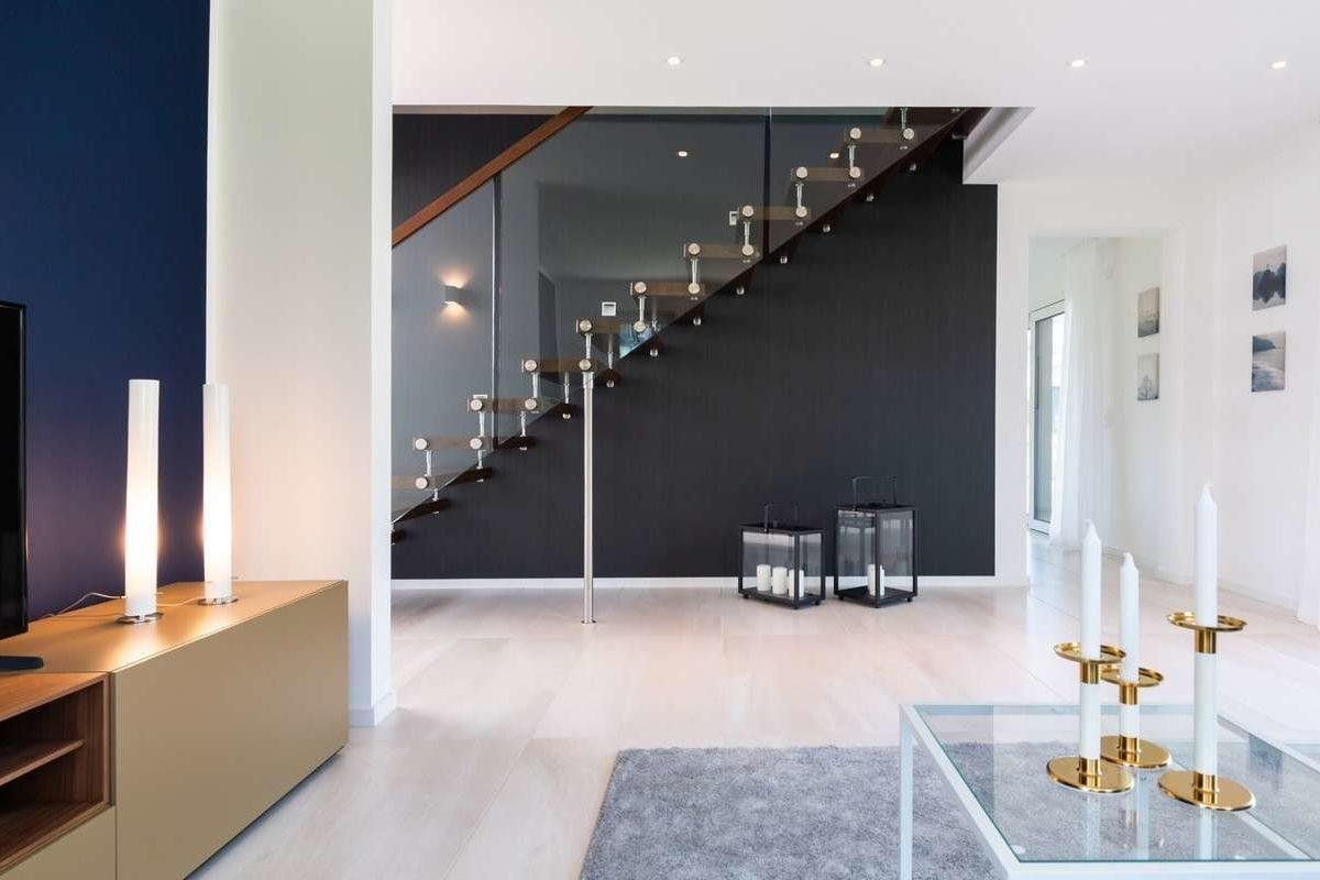 Musterhaus Victoria - Ein Flachbildfernseher sitzt in einem Raum - Design