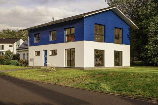 Modern-Klassik M - Ein Blick auf ein Haus - Haus