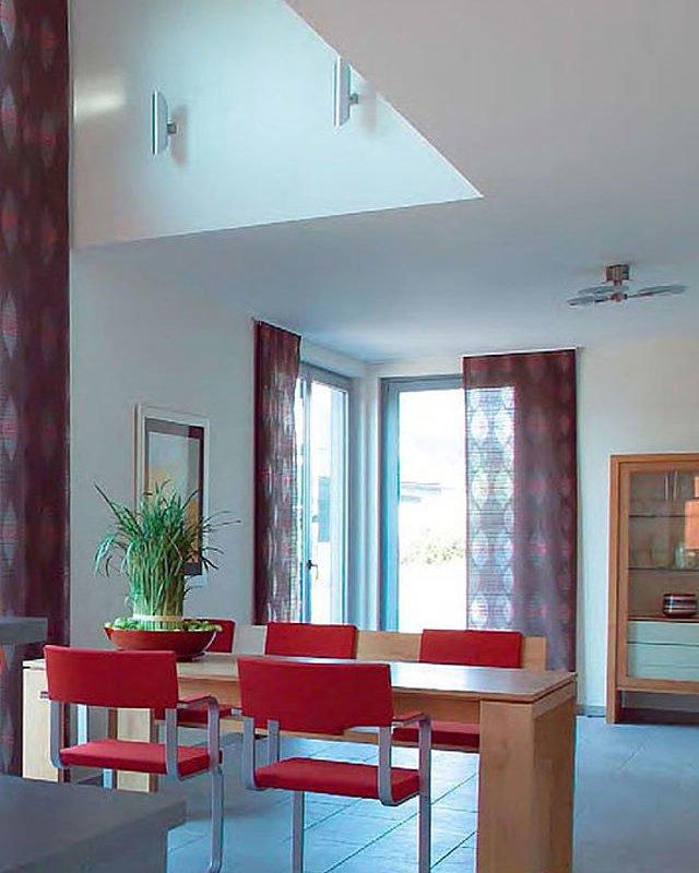 Musterhaus Mühlheim-Kärlich - Ein Esstisch - Interior Design Services