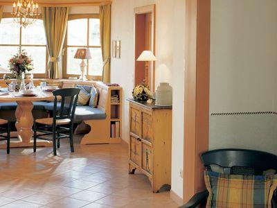 Wärme-Gewinnhaus Plan 229.3 - Ein Esstisch - Fußboden