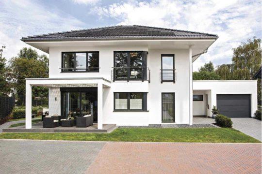 CityLife Wuppertal - Ein Haus mit Bäumen im Hintergrund - WeberHaus