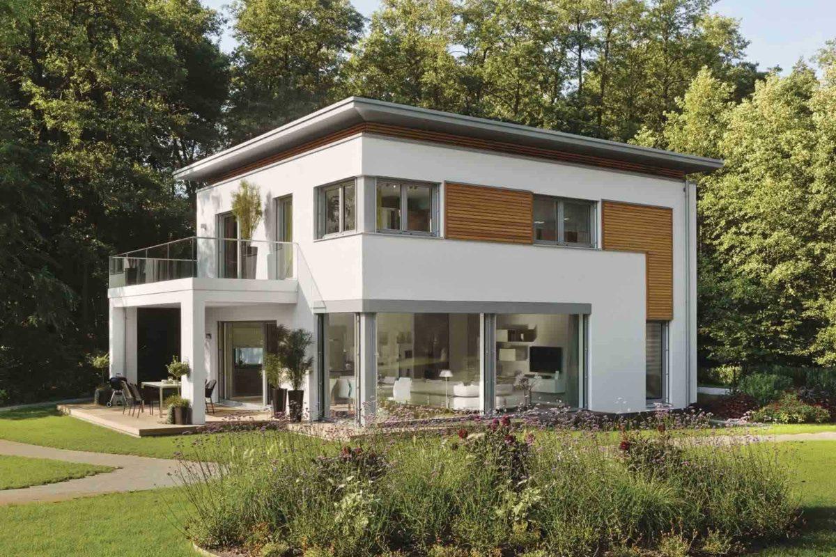 CityLife Haus 700 - Eine große Wiese vor einem Haus - WeberHaus