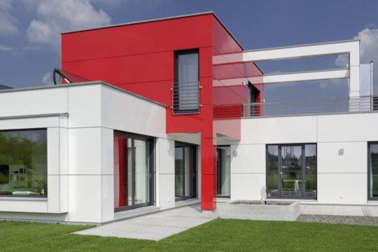 L³- Luxhaus Lifestyle Loft - Ein großes weißes Gebäude - Verkleidung
