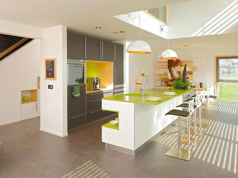Das Genuss – Musterhaus Köln - Ein großer weißer Kühlschrank in einer Küche - Haus