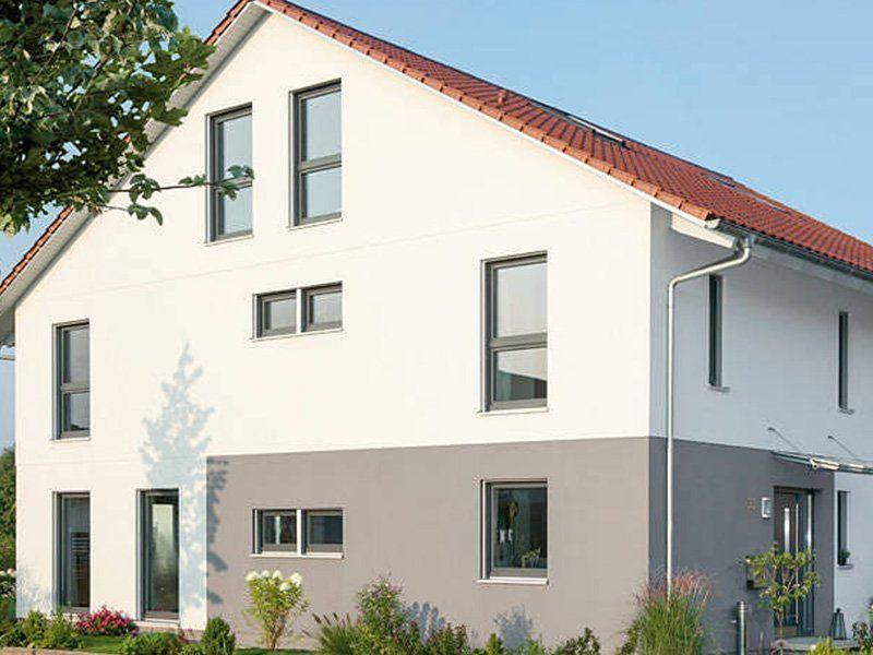 Plan D 15-161.1 - Ein Haus mit Bäumen im Hintergrund - Gebäudeplan