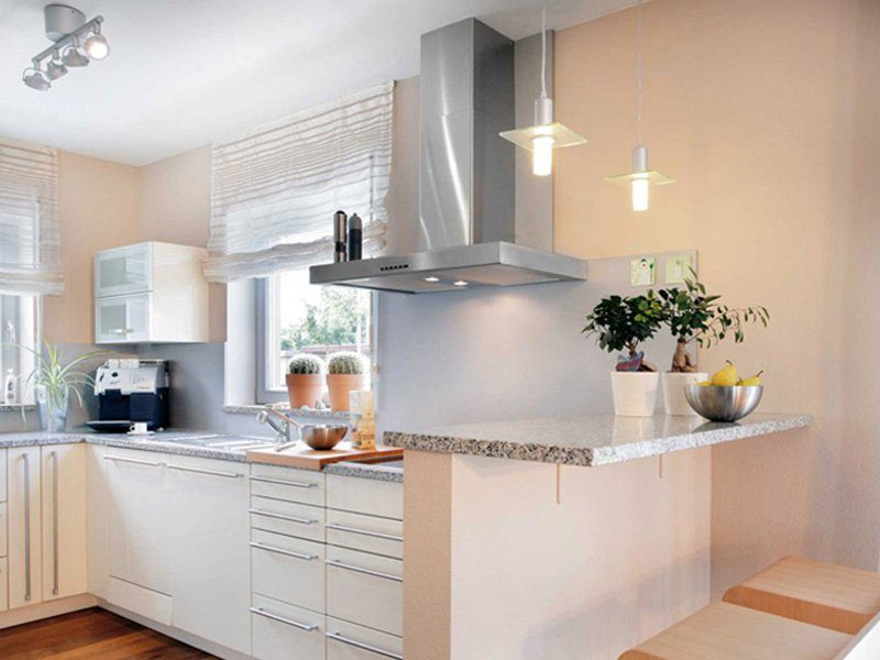 Plan E 15-131.1 - Eine küche mit waschbecken und fenster - Klassische Küche