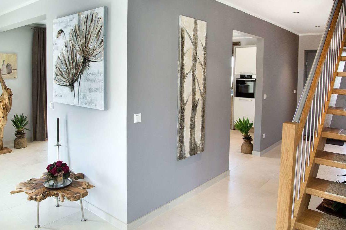 Musterhaus Günzburg - Eine Ansicht eines Wohnzimmers - Interior Design Services