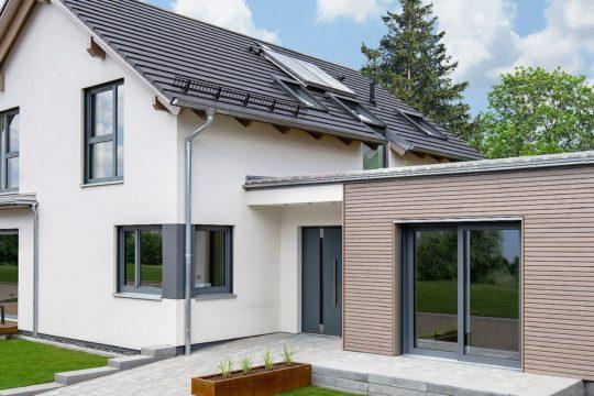 Variant 35-173 - Eine große Wiese vor einem Haus - Hanse Haus