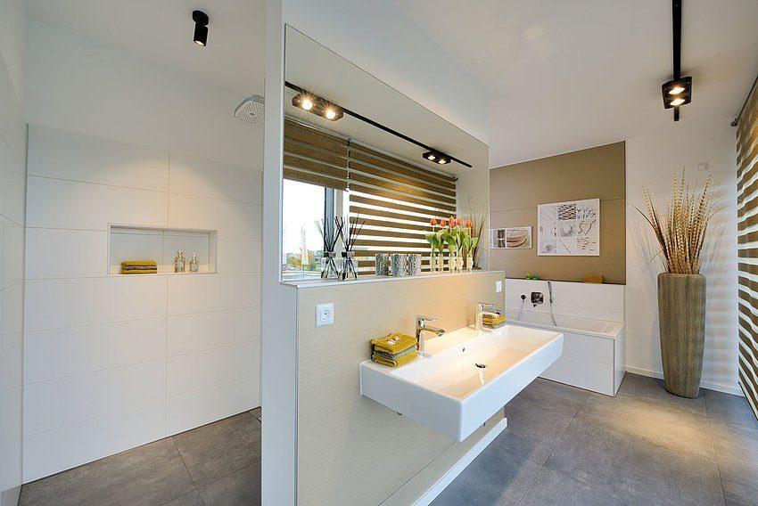 Automatisch gespeicherter Entwurf - Ein zimmer mit waschbecken und spiegel - Interior Design Services