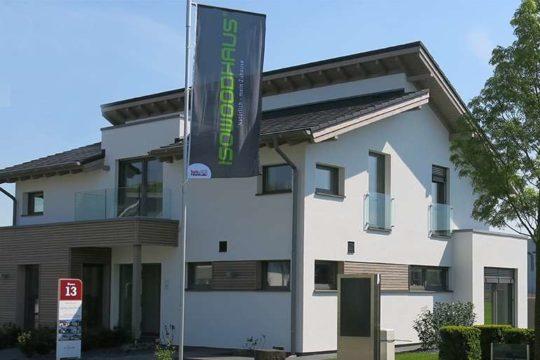Musterhaus Köln - Ein schild vor einem haus - Haus