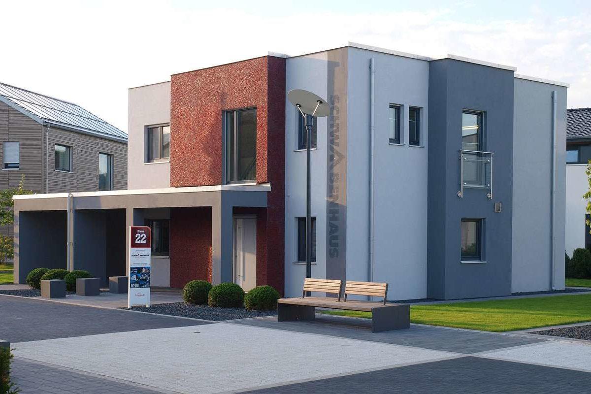 Automatisch gespeicherter Entwurf - Ein großes Backsteingebäude - Fassade