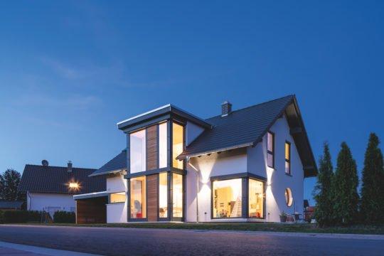 Kundehaus frei geplant - Ein Blick auf ein Haus - Haus