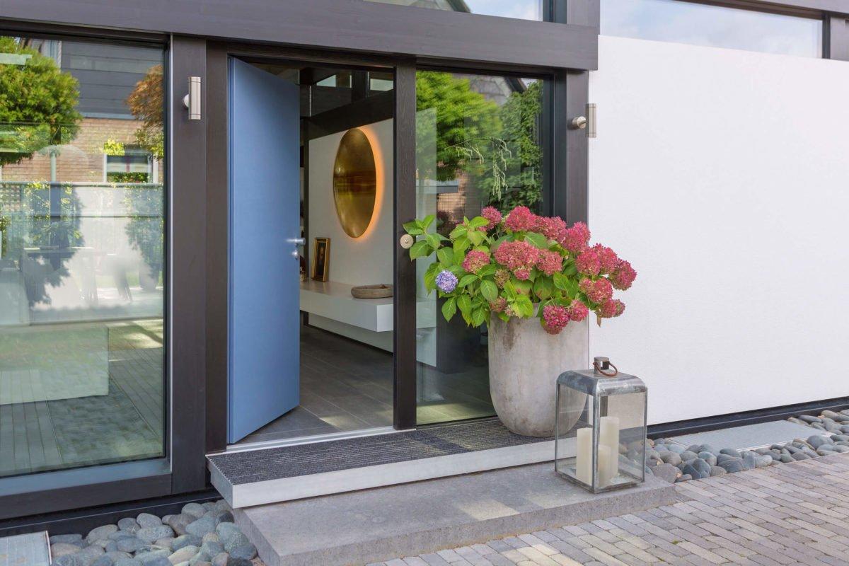 HUF HAUS ART 3 - Ein Gebäude neben einem Fenster - Haus