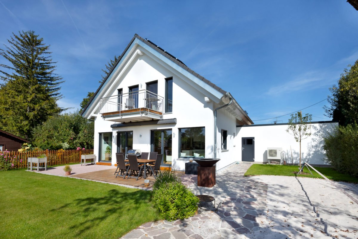 Kundenhaus U237 - Ein großes weißes Haus - Haus
