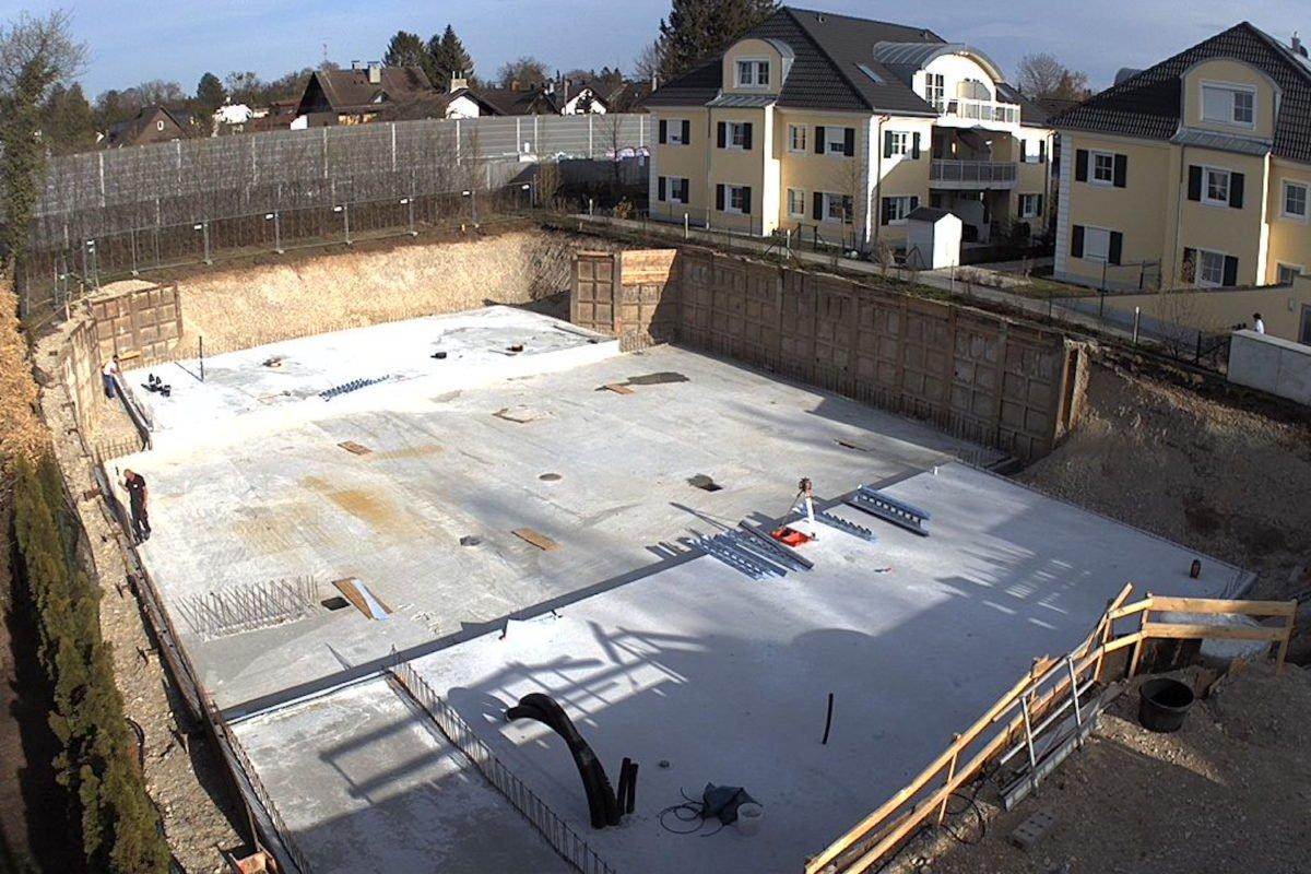 Kundenhaus Verges - Eine Baustelle im Schnee - Dach