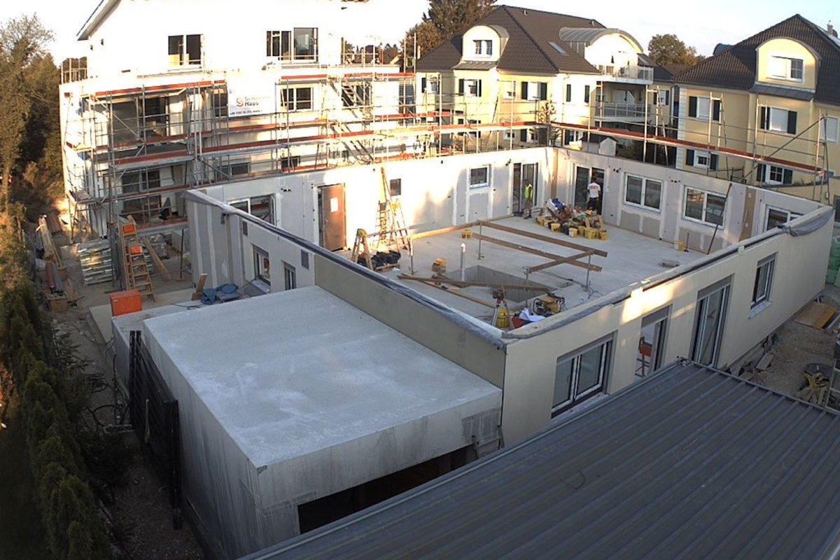 Kundenhaus Verges - Ein großes weißes Gebäude - Wohnung