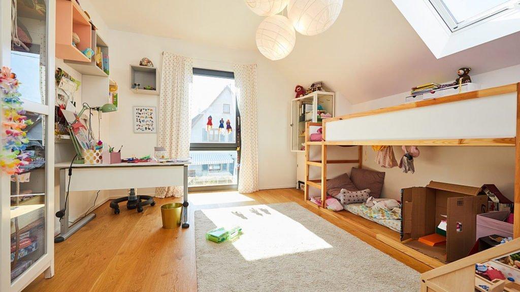 Einfamilienhaus-Grundriss von einem Kinderzimmer